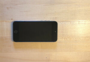 16 GB iPhone 5S with LIFEPROOF case