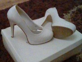 White heels, size 4, Dorothy Perkins, BRAND NEW