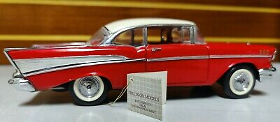 Franklin mint 1957 Chevrolet Bel Air Hard Top Diecast Model Car 1:24 Scale