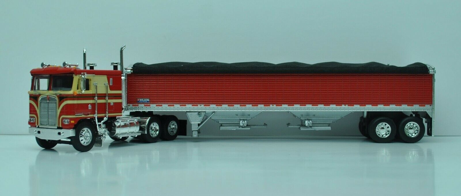 DCP FIRST GEAR 1/64 SCALE K-100 KENWORTH, RED & BEIGE, RED TALL SIDED GRAIN