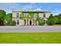 SUPERIOR EXECUTIVE ACCOMMODATION IN GOSFORTH