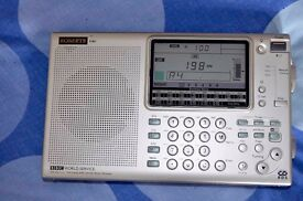 As new Roberts Radio R861 Digital World Radio As new