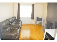 Fantastic Spacious Four Bedroom Flat Available To Rent In Bethnal Green E2