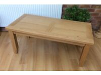 Excellent, Solid Oak Coffee Table. New / Boxed