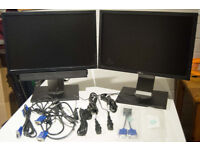 "Dual Monitors Dell 19"" 1909W with Sound Bar on one and USB hub on each"