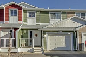 Original Owners from New, Well Kept and Upgraded 3 Bed Townhouse