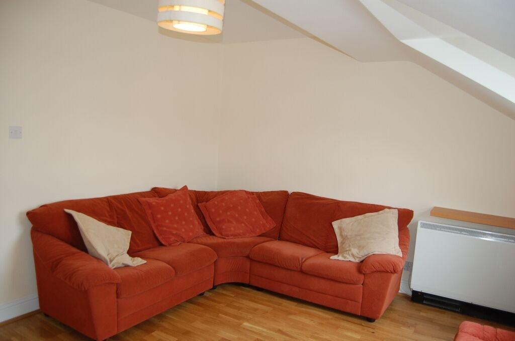 1 bedroom flat in Field Lodge, Beaconsfield Road, Willesden, NW10