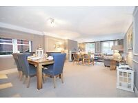 3 bedroom flat in Fitzjohns Avenue, HAMPSTEAD