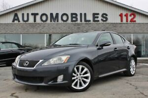 2009 Lexus IS 250 AWD / Toit ouvrant / Cuir / Bluetooth