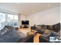 Modern 1 Double Bedroom Apartment With A Private Balcony Located Walking Distance To Angel Station.