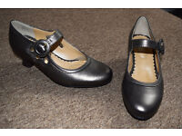 New Hotter Valetta shoes Size 4 1/2