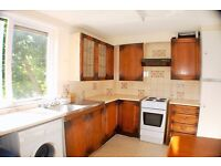 Amazing 4 Bedroom Flat To Rent With All Bills Included* & Free Internet With Bow With Balcony