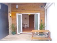 Surf Studio - Compact One bed Studio apartment right next to the beach Porthtowan, be quick