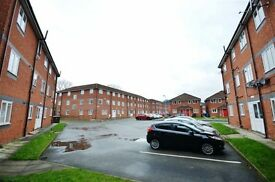 2 bed flat in salford from end of May