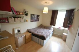 Big double room for 1 person Earslfield/Tooting Broadway BILLS INCL