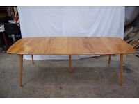 Ercol Windsor Grand Extending Dining Table