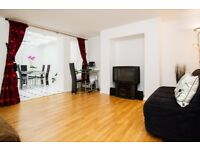 CENTRAL BEACH TOWN HUGE 1 BED FLAT - INC ALL BILLS ! Waterloo Street near Brighton Beach