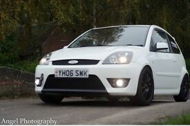 Diamond white Ford Fiesta St ( very well looked after) comes with 12 months mot