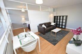 1 bedroom flat in Great Arthur House, London, EC1Y (1 bed) (#1010132)