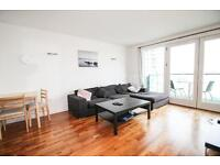 1 bedroom flat in New Providence Wharf, 1 Fairmont Avenue, Canary Wharf