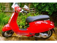 Vespa Piaggio Sprint 125cc 3Valvole ABS in Dragon Red