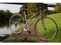 Retro Ladies 54cm Emmelle Explorer Hybrid Town Bike with Mudguards Student Road Dutch Loop Bicycle