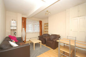 Huge 3 Bed Flat Opposite Tower Bridge, Perfect Location! SE1