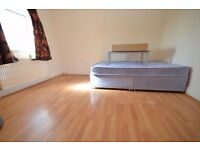 1 Bedroom Flat to rent in Charlemont Road, East Ham, E6