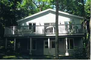 Muskoka Cottage Avail. Aug. 7, Aug. 28