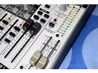 Behringer Xenyx 1622FX Mixer - Lots of I/O - great effects