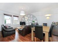 3 bedroom flat in Mowbray Road, Kilburn