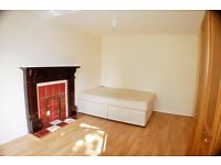 Large 4 Bed Flat To Rent In Bow with All Bills Included and Internet E3 Near To DLR and Underground