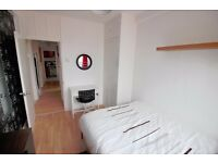 2 stunning double at Whitechappel/Aldgate. LCD TV, LOW DESPOIT, FREE CLEANING FREE INTERNET