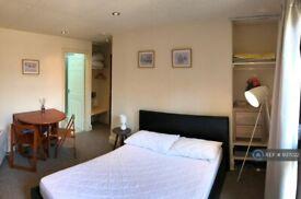 Studio flat in Strawberry Dale, Harrogate, HG1 (#937022)