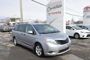 2011 Toyota Sienna V6 7 passagers Mags et plus