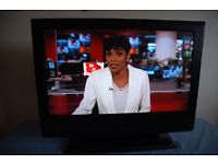32 inch LCD HD TV, Freeview, Remote. Fully working. NO OFFERS OR TIME WASTERS (led,lcd,3d,cheap)