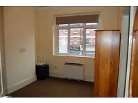 Studio flat in Burlington Parade, Gratton Terrace, Cricklewood, NW2