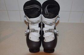 Salomon Size 1 Girls Boots