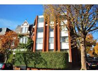 Two double bedroom flat, redecorated, modern kitchen and bathroom, bike storage, Archway 5 minutes