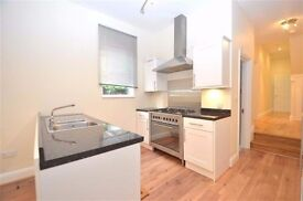 **Two double bedroom ground floor flat minutes from East Finchley Station **TOP!!!!
