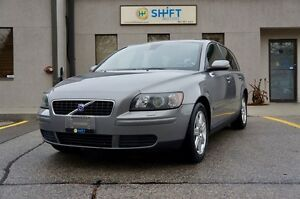 2005 Volvo V50 HEATED LEATHER MEMORY SEATS, DUAL ZONE CLIMATE
