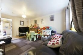 *** 2 Bedroom House to rent - only 3 mins walk from Royal Albert DLR - Private Parking - E16 ***