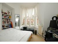 Moundfield Road, one bed flat 1st floor conversion in Stamford Hill, POST CODE N16 6DT
