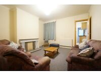 Spacious 3 bedroom property to let, central Bangor!
