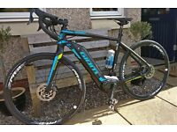 GIANT ROAD E+1 2016 ELECTRIC ROAD BIKE AS NEW ONLY BEEN USED TWICE !