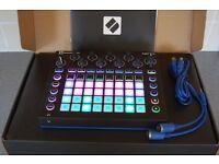 Novation circuit groove box / sampler