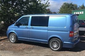 VW TRANSPORTER T5, combi van. Blue 6 seats