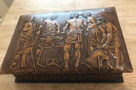 Vintage heavy embossed leather smokers cigar and cigarette box