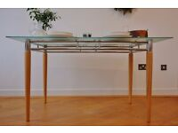 Beautiful, durable 6-seater table for sale in Brixton