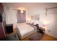 DOUBLE ROOM/VAUXHALL/LOW DEPOSIT/LCD TV/FREE CLEANING SERVICE, FREE WIFI